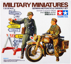 Tamiya 35241 German Motorcycle Orderly set 1/35