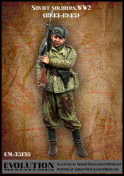 Evolution Miniatures EM-35138 Soviet soldier WW2 (1943 - 1945) 1/35